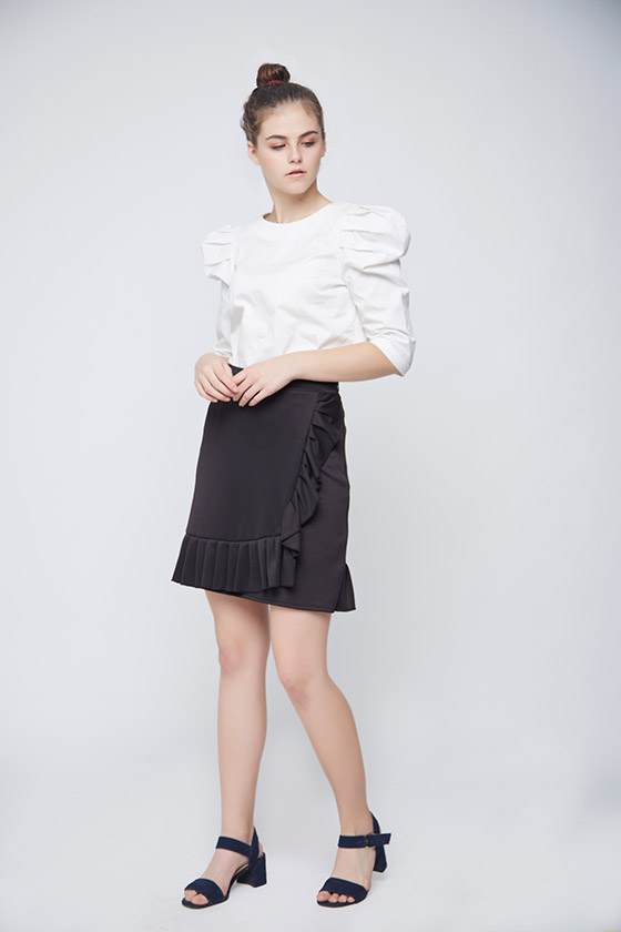 White Leg Of Mutton Sleeve Top -1