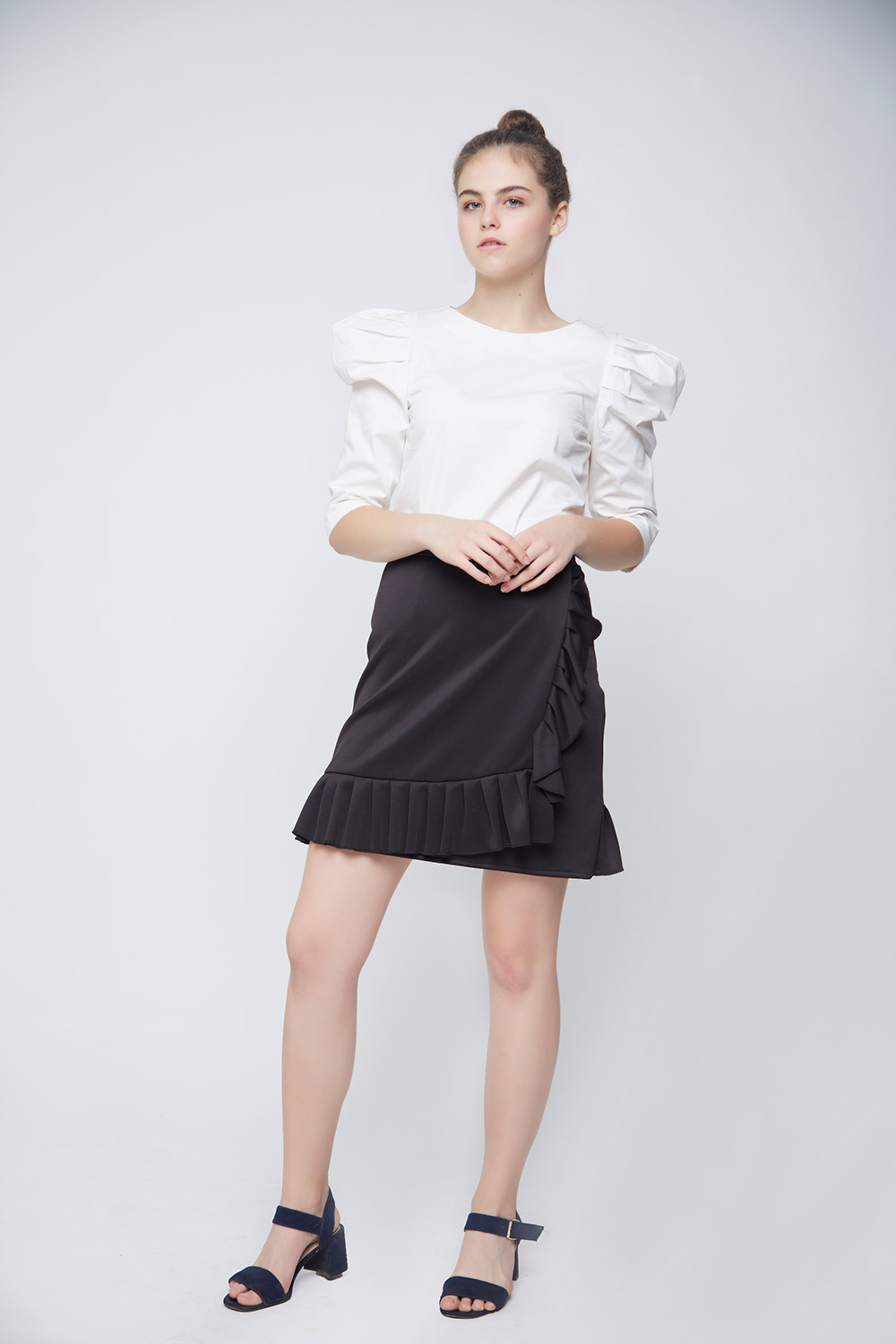 White Leg Of Mutton Sleeve Top -2