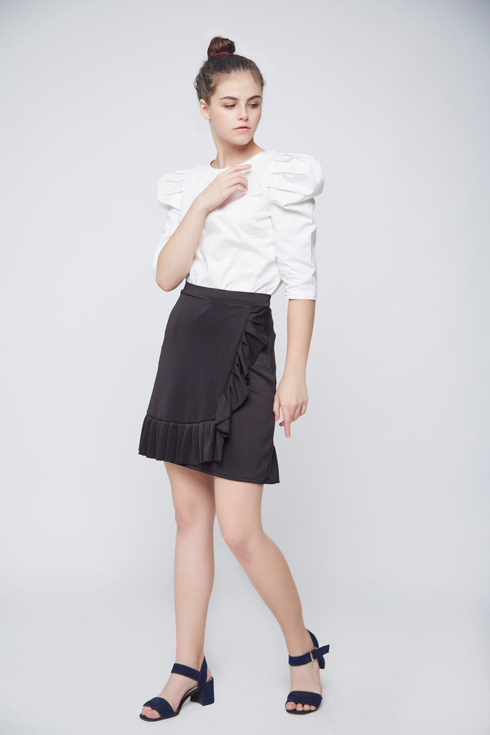 White Leg Of Mutton Sleeve Top -3