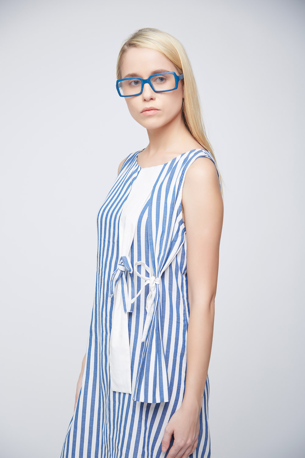 Striped Hanging Bow Dress -1