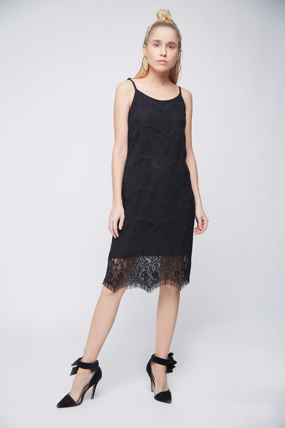 Black Lace Scalloped Dress -2