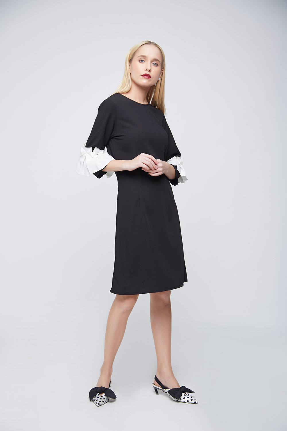 Black Sheath Square Ruffle Dress -0