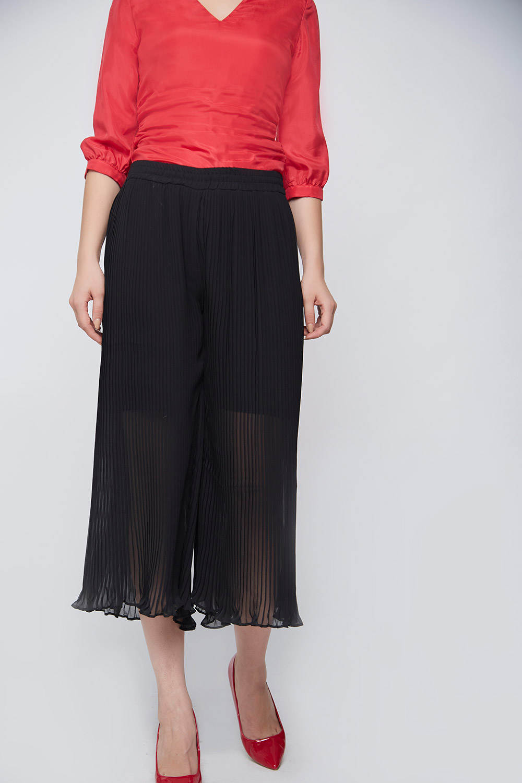 black pleated culottes -0