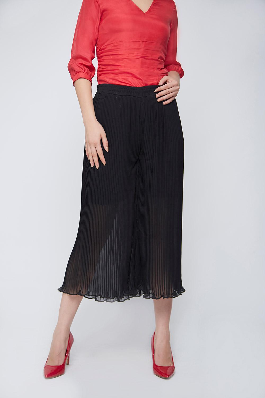 black pleated culottes -1
